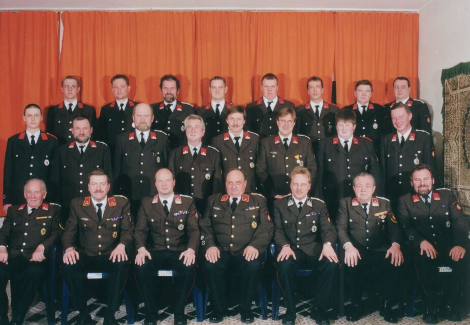 2002 Mannschaftsfoto_1_jpg
